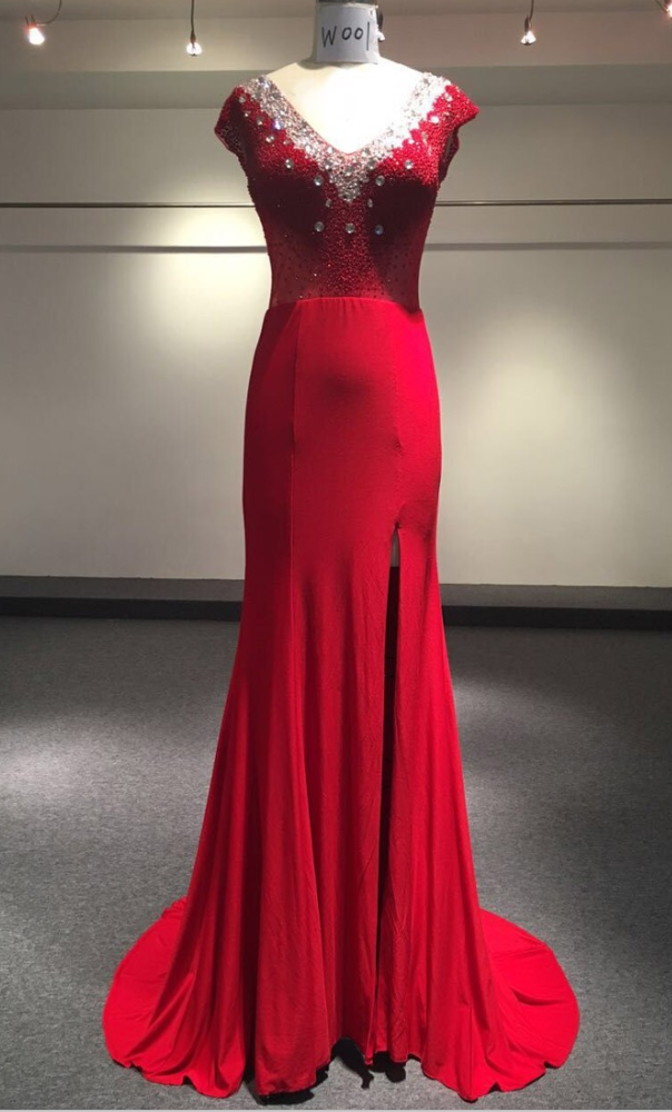 Real Photo Dubai Arabic Mermaid Evening Dress Red Deep V-neck Beaded Fashion Evening Gowns