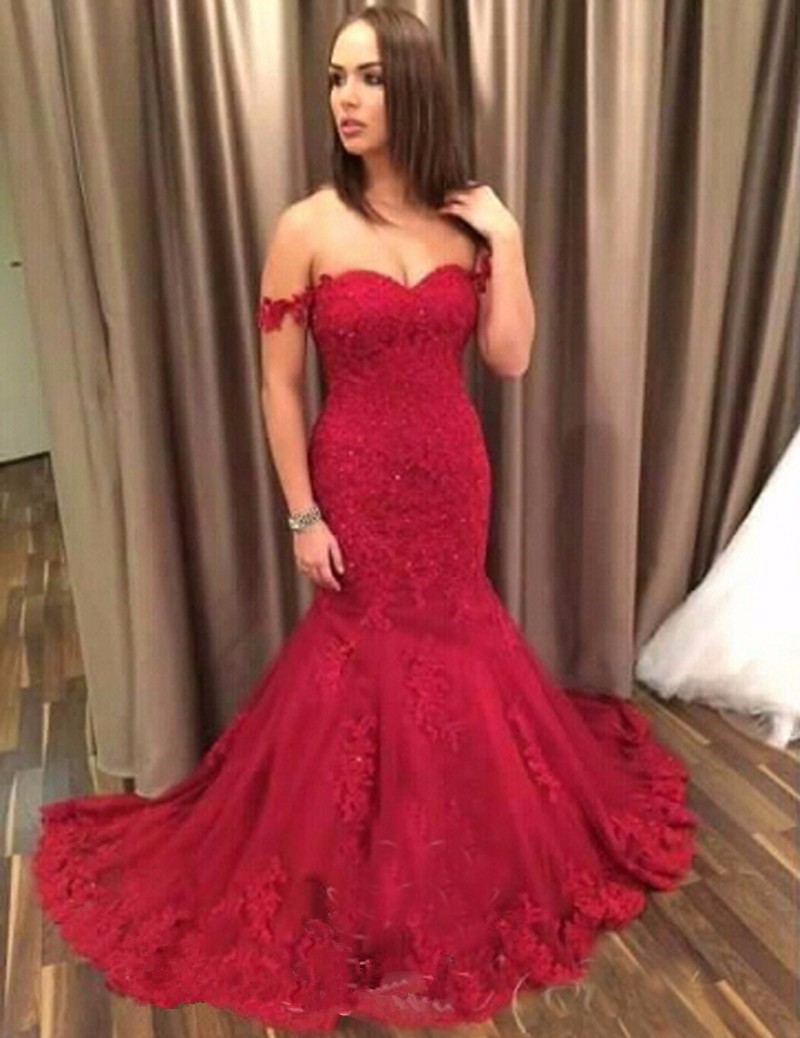 f9a2864b90b Custom Made Mermaid Prom Dresses 2017 Sweetheart Sleeveless Button Sweep  Train Lace and Applique Party Gowns Evening Dress