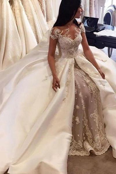 Gorgeous Short Sleeve Lace Wedding Dresses Custom Made 2017 Bridal Gowns with Long Train