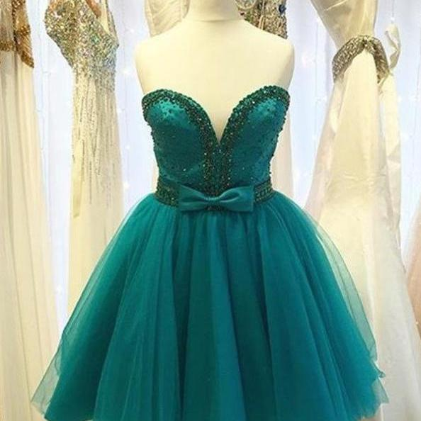 Classy Sweetheart Strapless Short Beading Homecoming Dresses