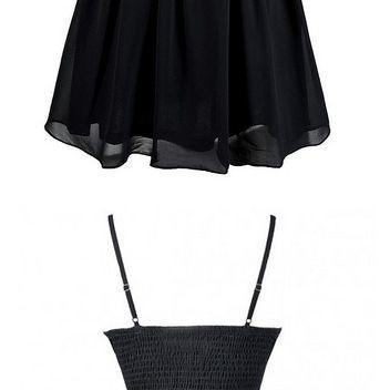 Simple Spaghetti Straps Sleeveless Black Short Homecoming Cocktail Dress with Pleats