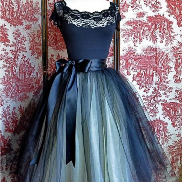 Lovely Homecoming Dress,A-line Homecoming Dresses,Lace Homecoming Dresses,Black Homecoming Dresses,Short Prom Dresses,Party Dresses