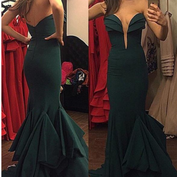 Green Deep V-neck Simple Satin Long Prom Dress,Sexy Mermaid Sweetheart Evening/Party Gowns 2017